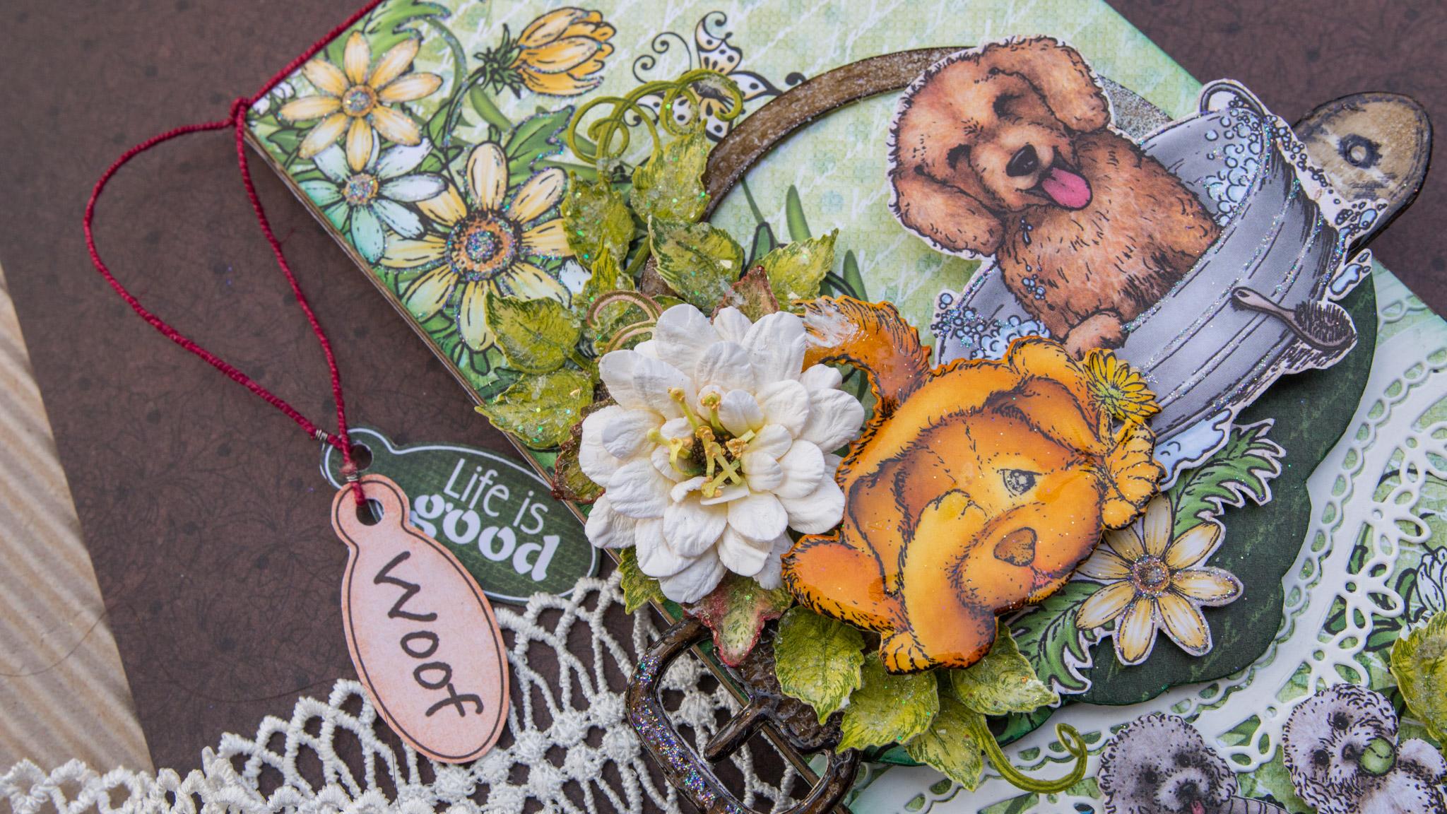 Furry Friend Flip Fold Album (Heartfelt Creations)